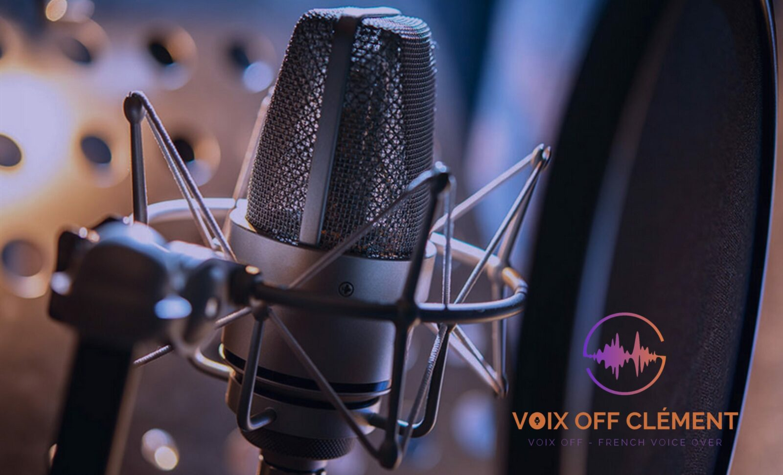 voix off masculine