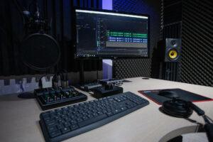 Home studio - Voix off Clément
